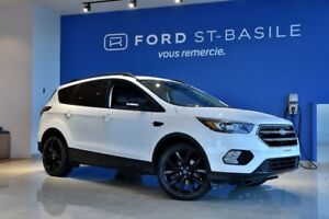 2017 Ford Escape Titanium+ BLACK PACK+ TOIT+NAV++ Touring packag