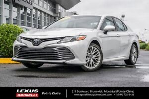 2018 Toyota Camry Hybrid XLE TOUTE EQUIPPE VERY CLEAN**MUST SEE*