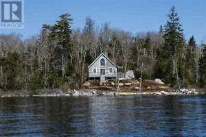 11 Big Island Upper Lakeville, Nova Scotia