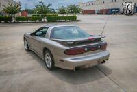 Miniature 9 Voiture Américaine d'occasion Pontiac Trans Am 2000