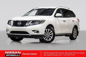 2016 Nissan Pathfinder SV AWD BACKUP CAMERA / HEATED STEERING WH
