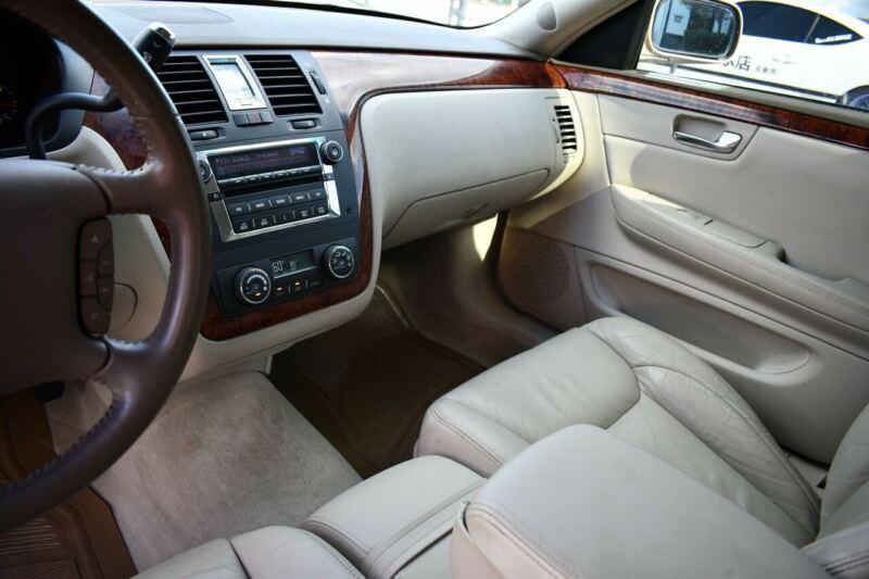 Image 24 Voiture Américaine d'occasion Cadillac DTS 2006