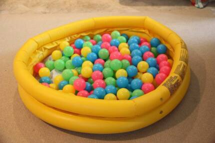 Inflatable paddling pool with soft balls Frenchs Forest Warringah Area Preview