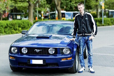 Christian und sein Ford Mustang
