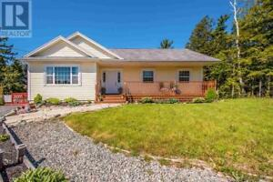 384 Laurel Ridge Drive|Lost Creek Beaver Bank, Nova Scotia