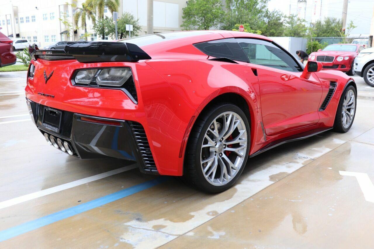 2016 Red Chevrolet Corvette Z06 3LZ | C7 Corvette Photo 6