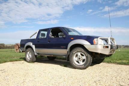 2002 Nissan Navara ST-R 4X4 Dual Cab Ute 3.0 litre Turbo Deisel Maldon Mount Alexander Area Preview