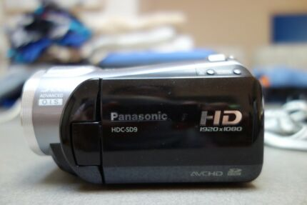 Panasonic HDC SD9 HD camcorder with case