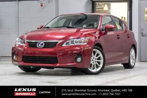 2013 Lexus CT 200h TOURING; **RESERVE / ON-HOLD** 5.7L / 100 KM