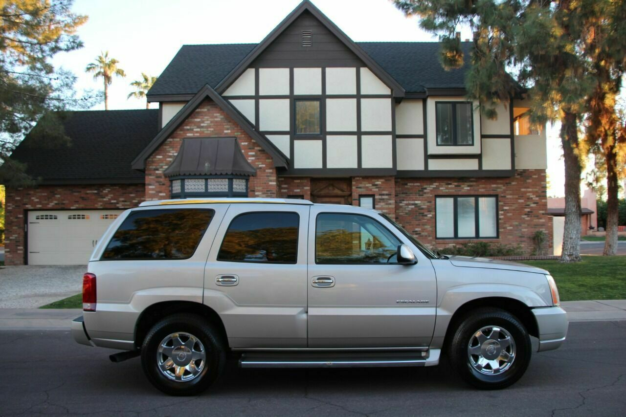 2006 Cadillac Escalade Base AWD 4dr SUV