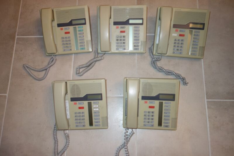 Lot of 5 Nortel Norstar M7208 Business Phones w/ Handsets