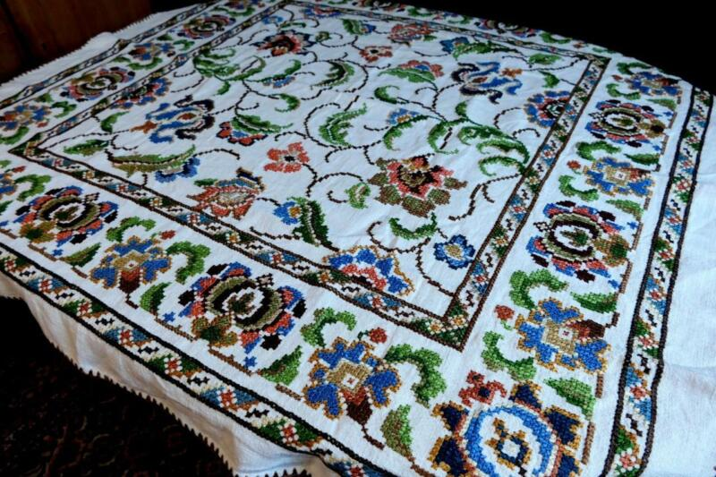 COLLECTORS ANTIQUE  LINEN TABLECLOTH COLORED FLORAL CROSSSTITCH