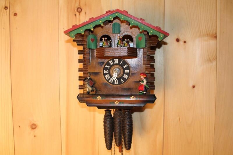 German Black Forest Musical Cuckoo Clock ~ Log Chalet ~ RUNS