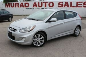 2012 Hyundai Accent !!! 124,000 KMS !!! MANUAL !!! SUNROOF !!!