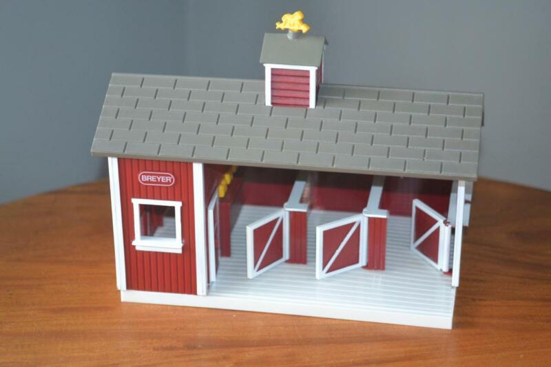 Breyer 3 Stall Red Animal Model Horse Stable Barn w Tack Room Excellent Cond.