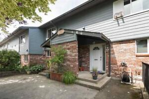 6 10736 GUILDFORD DRIVE Surrey, British Columbia