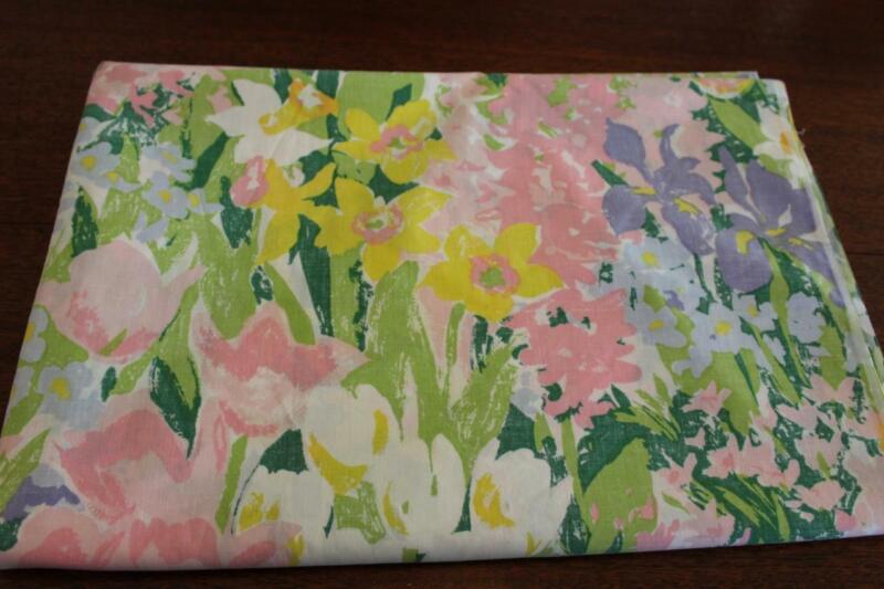 "Vintage FLORAL Flat Sheet Flowers 72"" X 104 NOS Queen"
