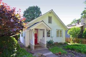 2695 MCKENZIE AVENUE Surrey, British Columbia