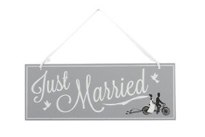Just-Married-Wedding-Sign-Grey-Painted-Wood-Vintage-Venue-Decoration-Gift