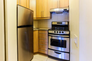 Luxurious Studio- Monkland Avenue in Downtown Montreal