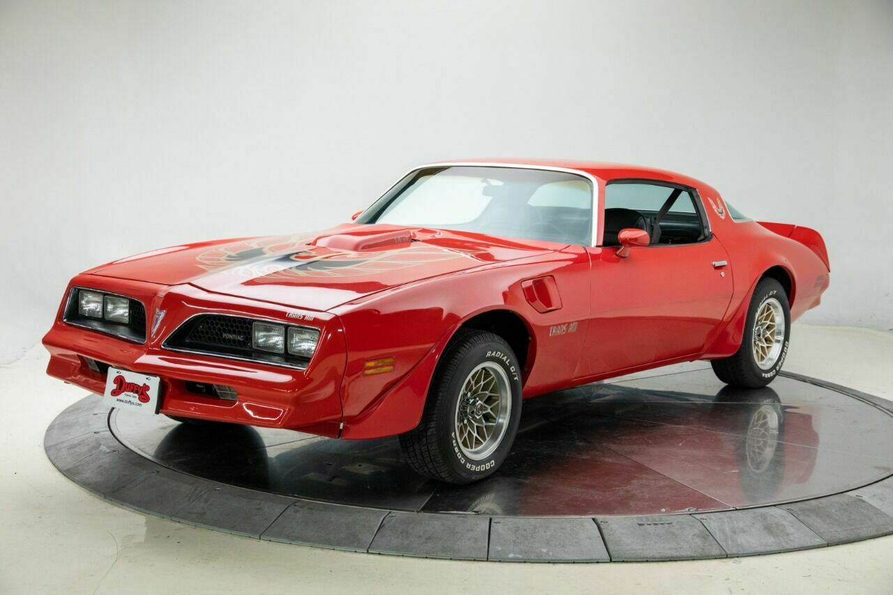 1977 Pontiac Firebird Trans Am V8 6.6L Automatic 3-Speed Coupe Buccaneer Red