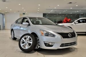 2015 Nissan Altima SV EXTRA CLEAN MUST SEE! LOW MILEAGE