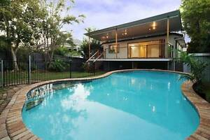 Luxurious master bedroom with ensuite, walk in robe & spa bath. Norman Park Brisbane South East Preview