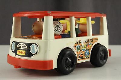 "Vintage Plastic & Wood FISHER PRICE MINI-BUS & Figures People Dog FP141 6"" Long"