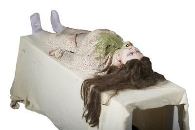 VIDEO! LIFE SIZE ANIMATED EXORCIST POSSESSED GIRL Outdoor Halloween Prop HAUNT - Exorcist Girl Halloween Prop