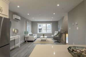 For sublet and resign of lease, 3 bedroom townhouse