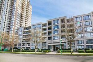 208 7138 COLLIER STREET Burnaby, British Columbia