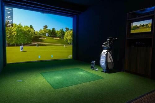 ProScreens PREMIUM golf simulator screen Commercial Quality, use REAL GOLF BALLS