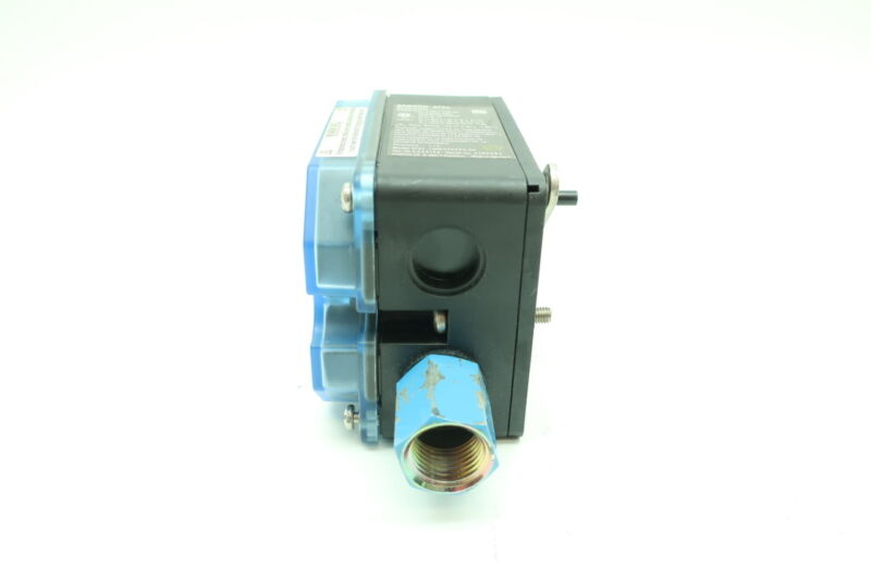 SAMSON 3725 COMPACT ELECTRO-PNEUMATIC VALVE POSITIONER D611167