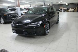 Chrysler 200 S *CUIR/TOIT/CAMERA/GPS*