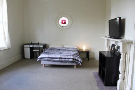 Large furnished room, internet, all bills inc,