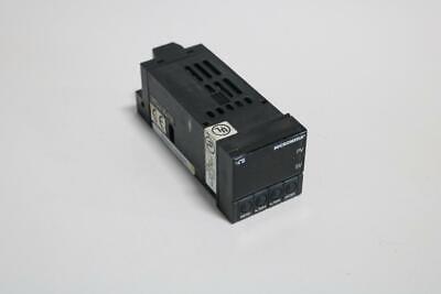 Omega Micromega Temperature Process Controller