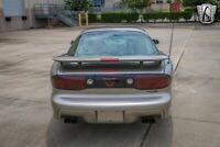 Miniature 12 Voiture Américaine d'occasion Pontiac Trans Am 2000