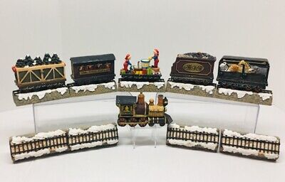 JC Penney Christmas 1998 Home Towne Express Train Set Railroad Holiday Train LOT