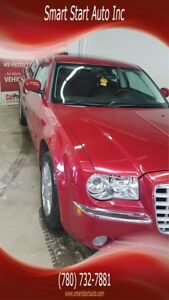 "2009 Chrysler 300 W/SUNROOF AND HEATED SEATS  ""LOW KMS"""