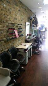 ESTABLISHED HAIR & BEAUTY SALON BUSINESS REF 146344