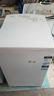 5.5kg Fisher and Paykel Washer