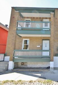 Lower Town Market Spacious 3Bed/1Bath House ($1650)
