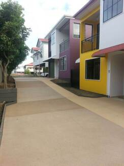 22m² Studio w. En-suite, Balcony in WEST END, A/C, Pool, Internet West End Brisbane South West Preview