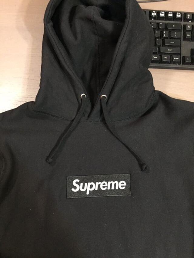 9ec25b89b32c ... Black Supreme Box logo Bogo hoodie Mens City of Toronto K first look  49cfe e84df ...