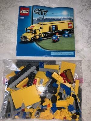 LEGO CITY Semi Truck 3221 Semi,Trailer,Driver,Worker COMPLETE~RETIRED!
