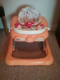 Graco baby walker with musical tray