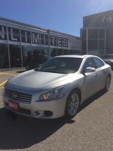 2011 Nissan Maxima **FULLY LOADED!!!**LEATHER & SUNROOF** SV