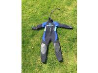 child wet suit