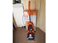 Vax Carpet Cleaner VAX VRS5W with box and bottle of Vax Carpet Cleaner