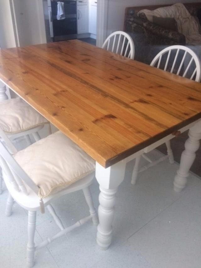 Painted Pine Dining Table & 4 Chairs